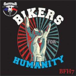 detaliu tricou negru bikers for humnity